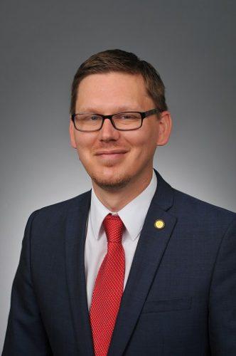 Dr. Lance Askildson (provost)