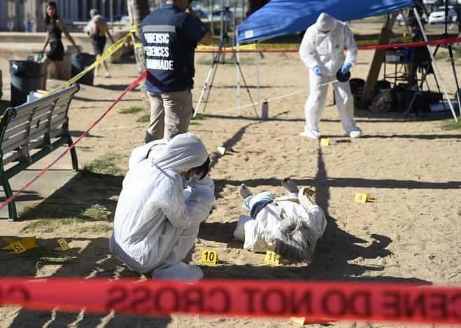 Forensic Sciences CSI class at Kaimana Beach